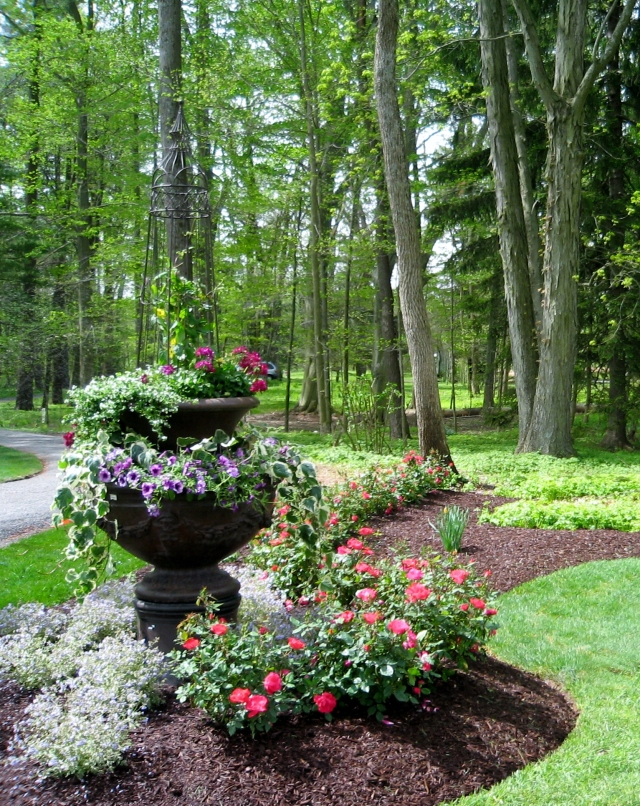 Another gorgeous landscape installation at a past Bucks County Designer House.