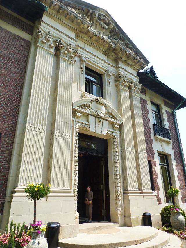 The phenomenal front door surround...it's so stunning!