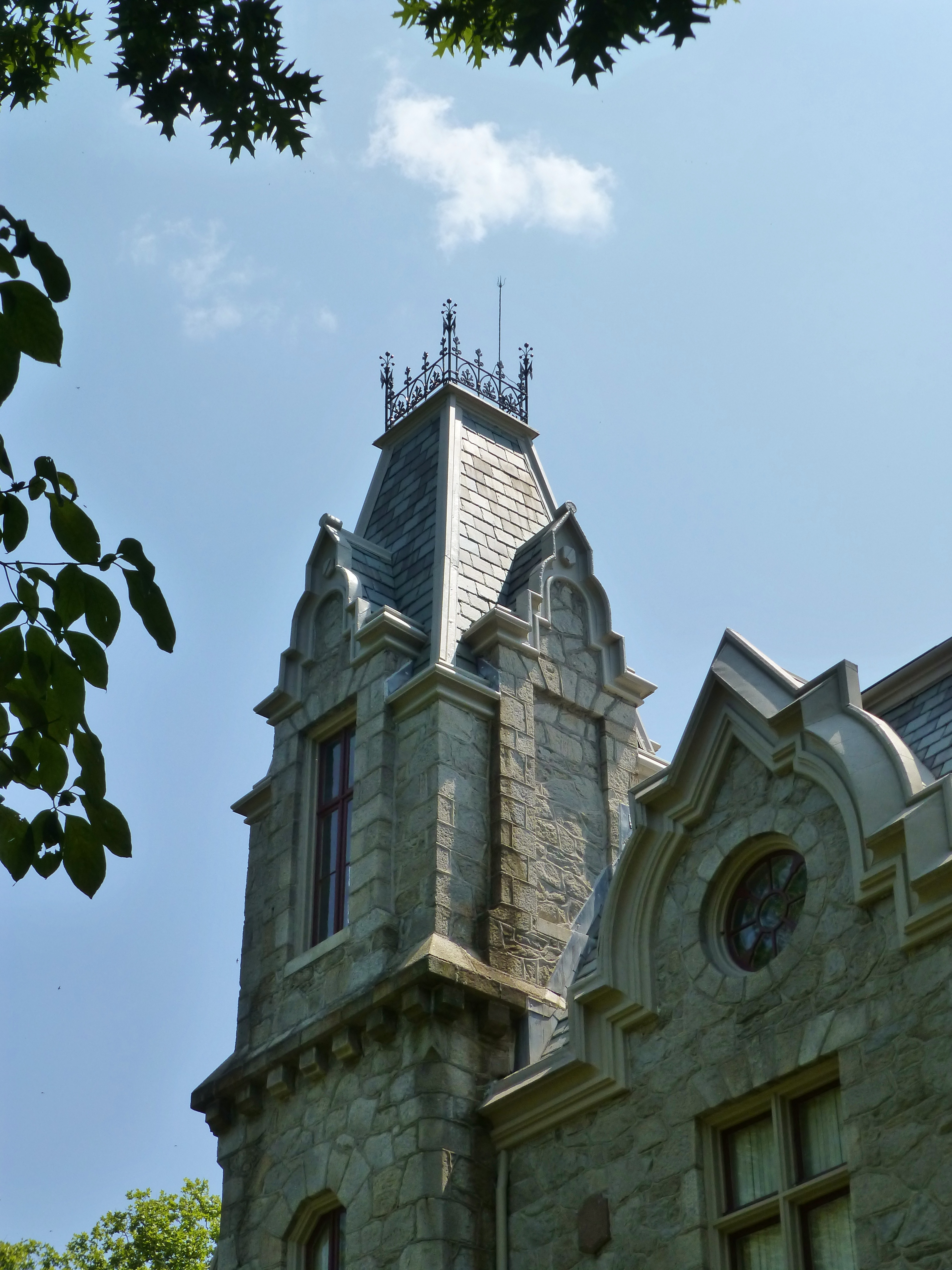 Victorian architecture ebenezer maxwell mansion kristine robinson 39 s interiors and so much more for Victorian woodwork