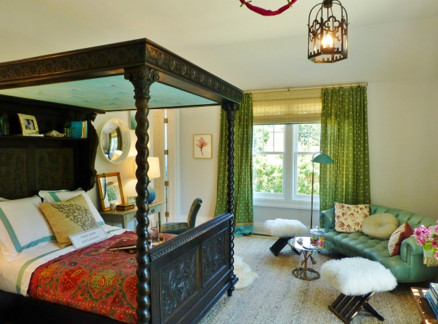 Katie Leede designed this colorful exotic bedroom with her 19 year old daughter in mind, with a Jacobean bed as the centerpiece. You know how I love antiques...well I think this is just fabulous!