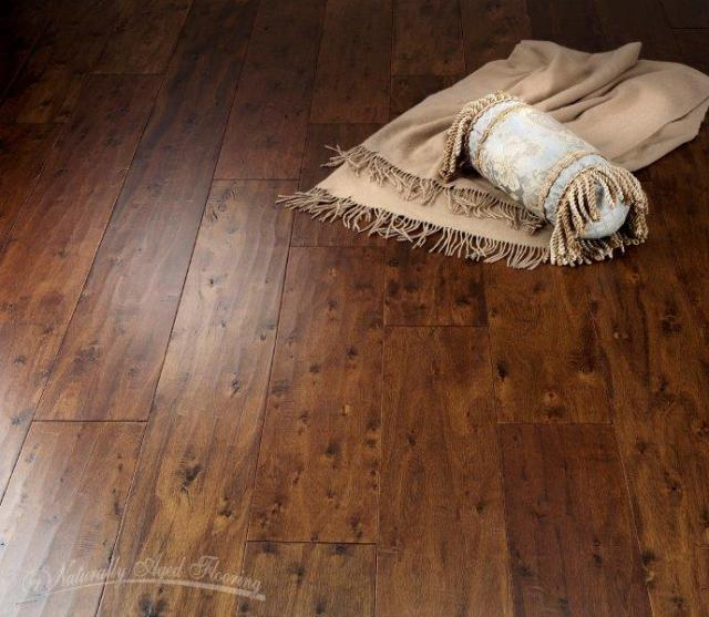 Naturally Aged Hardwood Burlap MJ-B-7