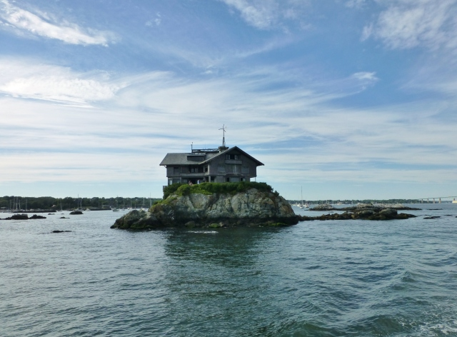 Clingstone 'House on a Rock'