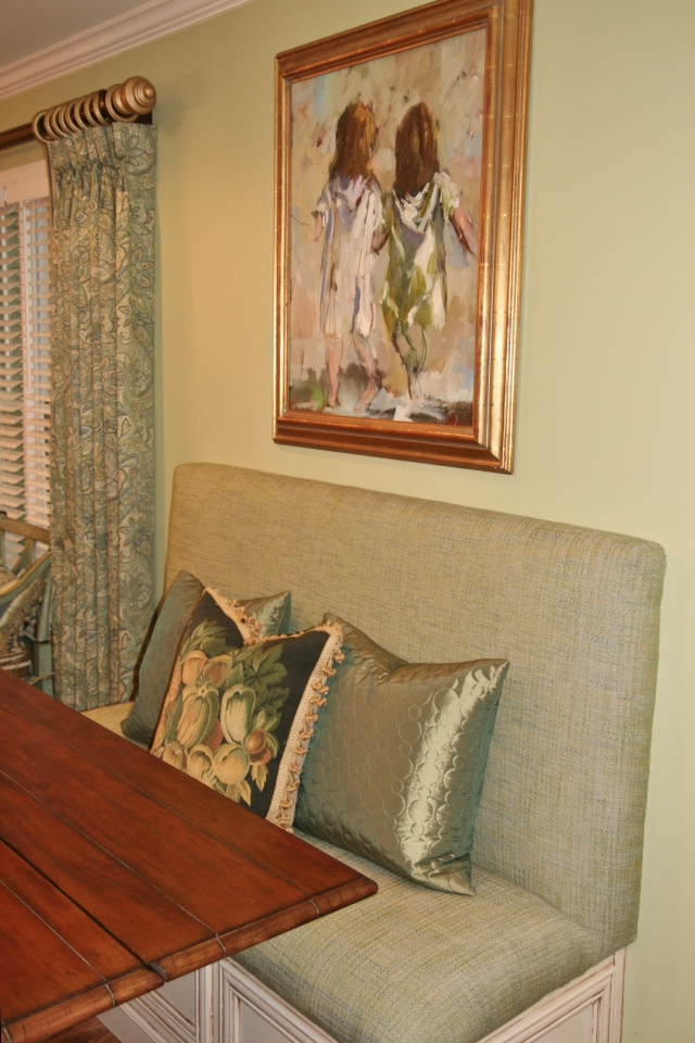 Robinson Interiors Top 5 New Years Resolutions for Your Home Paint Color Green Greenery Banquette Dining
